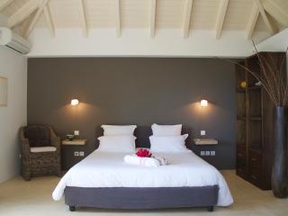 Jali (ABT) - Anse Des Cayes vacation rentals