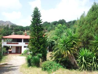 casa indipendente - Buggerru vacation rentals