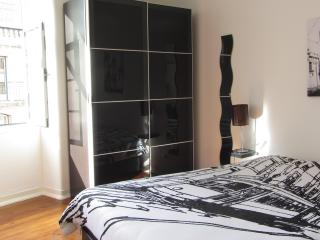 Baixa Sunny apartment with a View! - Lisbon vacation rentals