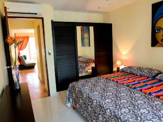 Viva Maria Playa del Carmen apartment - Playa del Carmen vacation rentals