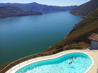 Villa GIOTTO splendida vista - Iseo vacation rentals