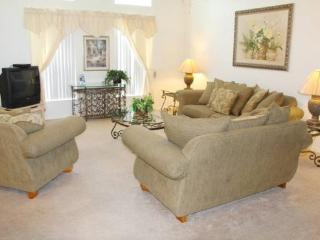 3 Bedroom 2.5 Bathroom Pool Home in Kissimmee. 3089 - Four Corners vacation rentals