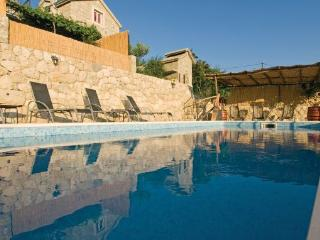 House LELAS - Omis vacation rentals