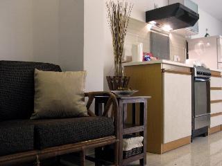 Central 1 bedroom Apartment in Malta....sleeps 4 - Haz-Zebbug vacation rentals