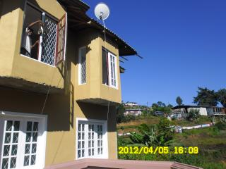 Friendz  holiday home - Nuwara Eliya vacation rentals