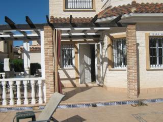 Villa Momoss - Guardamar del Segura vacation rentals