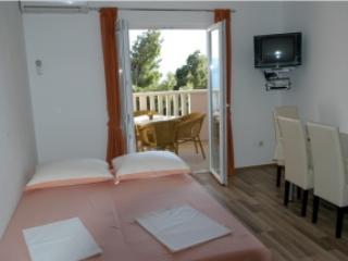 Apartmani Zoran Apartman Omis 2 - Image 1 - Omis - rentals