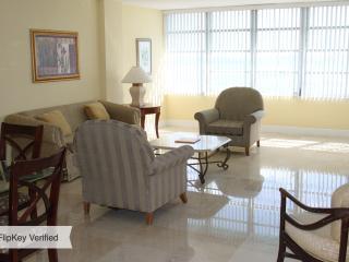 BEACHFRONT 2BR 2BA (MASTER) MIAMI BEACH at SEACOAST SUITES - Miami Beach vacation rentals