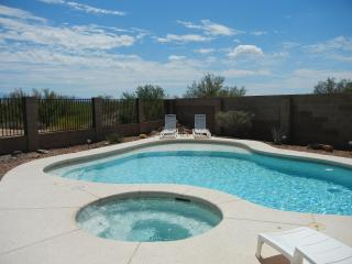 Vacation with a view, Panoramic Catalina Mt Views, Quiet, Outstanding location. - Oro Valley vacation rentals