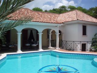 Villa ATRIUM - Orient Bay vacation rentals