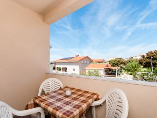 Apartments Anđelika - 25261-A10 - Mandre vacation rentals