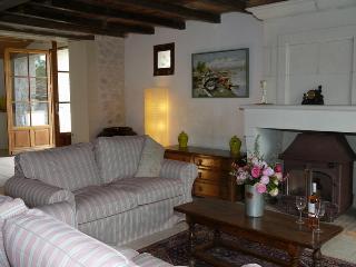 Maison de Noix - Cozes vacation rentals