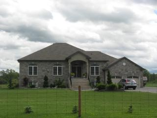 Country Charm - Niagara Falls vacation rentals