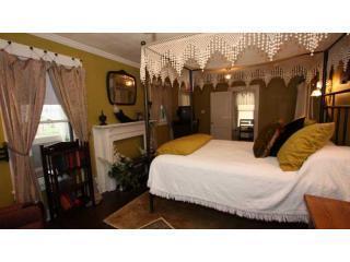 115 Austin #2 Bedroom - 115 Austin Place #2 Downtown Walking Distance - Fredericksburg - rentals