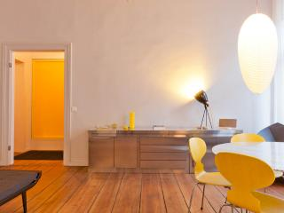Prime Location for Berlin Vacation Apartment - Berlin vacation rentals