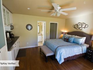 Awesome Mission Bay Studio - Pacific Beach vacation rentals
