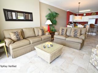 Luxury 17th floor condo at Emerald Isle - Panama City Beach vacation rentals