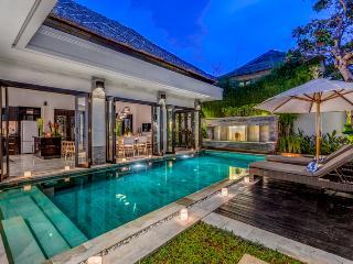 VILLA JEPUN - STUNNING 3 BED PRIVATE POOL VILLA - Kuta vacation rentals