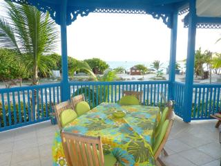 Newly renovated apartment with 2 bedrooms, 2 bathrooms and a sea view - Saint Martin vacation rentals