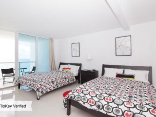 Oceanview studio with balcony - Miami Beach vacation rentals