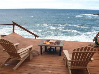 An Ocean Paradise Whales Rendezvous, Depoe Bay, OR - Gleneden Beach vacation rentals