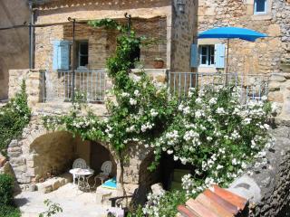 La Petite Magnanerie - Brujas vacation rentals