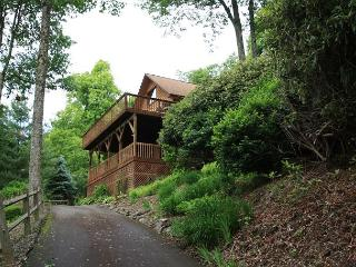 Above it All postcard views and just minutes from the Blue Ridge Parkway - Blowing Rock vacation rentals