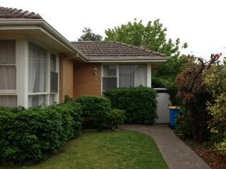 Front - Camberwell Apartment Accommodation - Camberwell - rentals