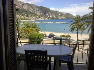 Apartment les Sablettes panoramic view front sea - Menton vacation rentals