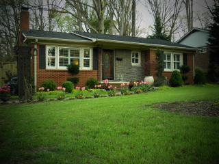 Cozy Cottage Close To Everything - Charlotte vacation rentals