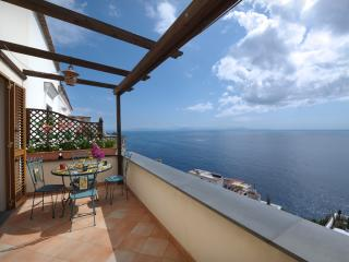 SPECIALDEAL IN JULY MODERN VILLA WITH FREE PARKING - Positano vacation rentals