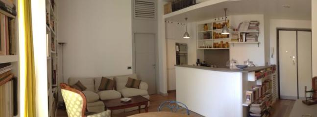 Living room - Cosy apartment in Rome, S.Peter/Spanish steps/Vatican Museum PERFECT FOR 2 PEOPLE - Rome - rentals