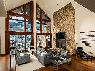 A Solaris Penthouse vacation rental with premium accommodations and services at an ideal location in the center of Vail Village. - Vail vacation rentals