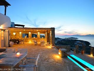 Aegean Pearl - Villa ovelooking Mykonos town - Mykonos vacation rentals