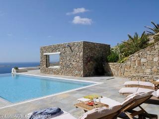 Joy - 370sqm secluded villa in Mykonos - Mykonos vacation rentals