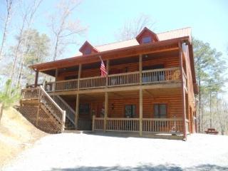 Pet Friendly cabin inside the Coosawattee River Resort - Ellijay vacation rentals
