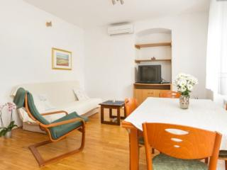 Lovely apartment on beach Bacvice - Split vacation rentals