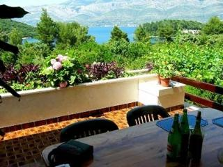 Holiday flat for 4 persons on Korcula island - Korcula vacation rentals