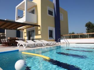 SUPERB VILLA-4 OVERLOOKING SEA AND GOLF COURSE - Afandou vacation rentals