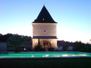Pigeonnier (Pigeon Loft) Tower - Saint Leonard vacation rentals