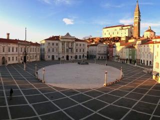 Apt Marciana on Piazza Tartini - Piran vacation rentals