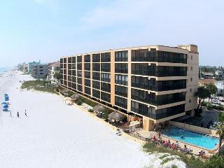 Villa Madeira #305 - Madeira Beach vacation rentals