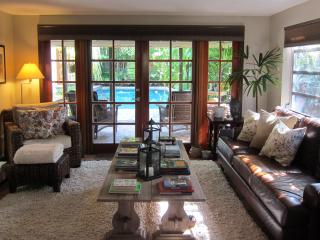 Charming 2bd/2ba with poolside cottage - Fort Lauderdale vacation rentals