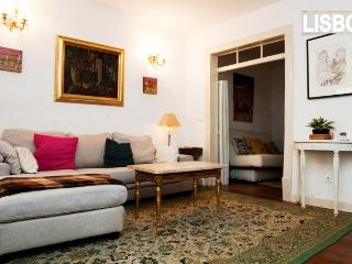 cosy flat central with patio in the very heart - Lisbon vacation rentals
