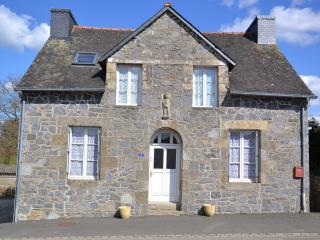 Maison Sans Soucis - Plelauff vacation rentals