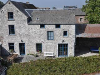 La Petite Ferme Bleue - Namur vacation rentals