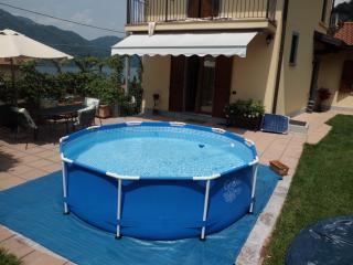 B&B Casa della Musica sul lago ROOM G. VERDI - Mandello del Lario vacation rentals