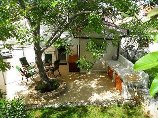 CASA PINA - Rakalj vacation rentals