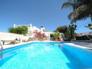 Cortijo Flamingos - Casa Roja - Cadiz vacation rentals