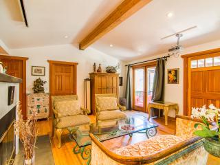2 bedroom Gem Sparkling between Mountain & Ocean - Topanga vacation rentals